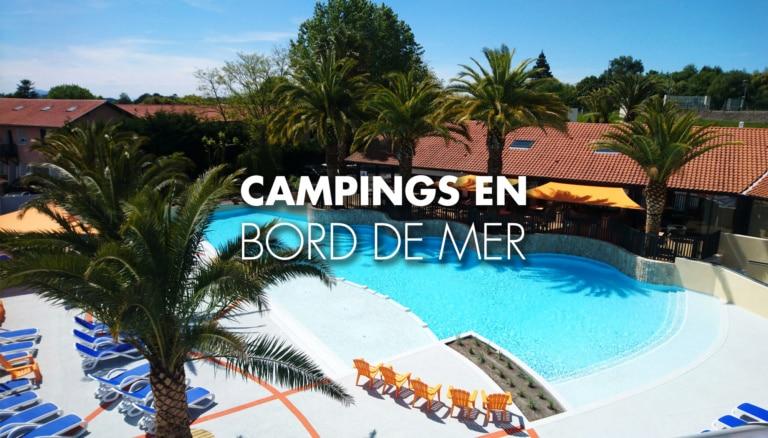 transats sur le bord d'une piscine d'un camping au Pays Basque