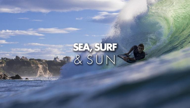 Surfeur dans un tube à Biarritz