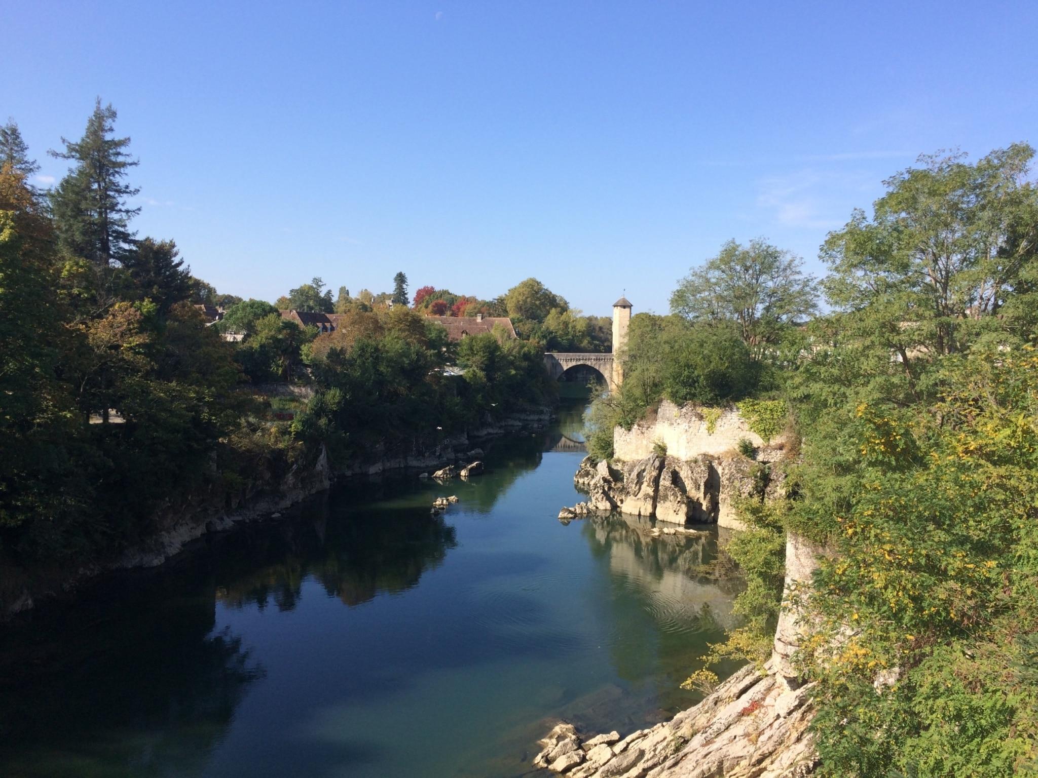 Sejour-pêche-bearn-Orthez le pont Vieux 01 ©CDT64-A.Salaun
