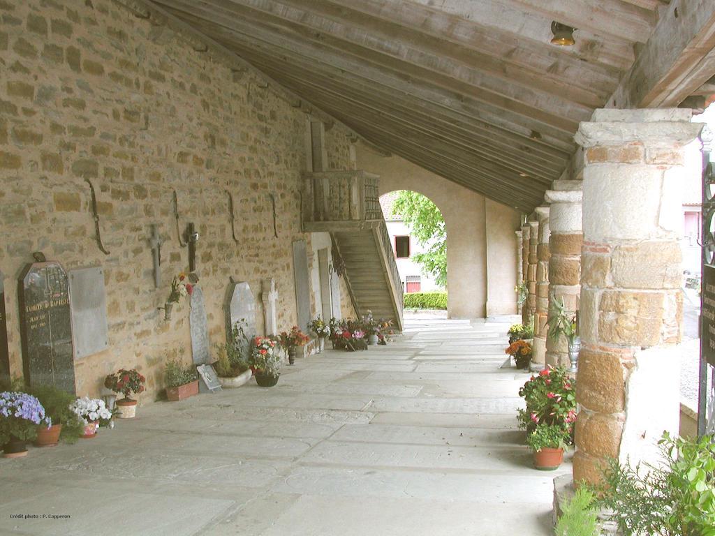 plus-beaux-villages-france-La Bastide Clairence église cloître © OT Labastide Clairence