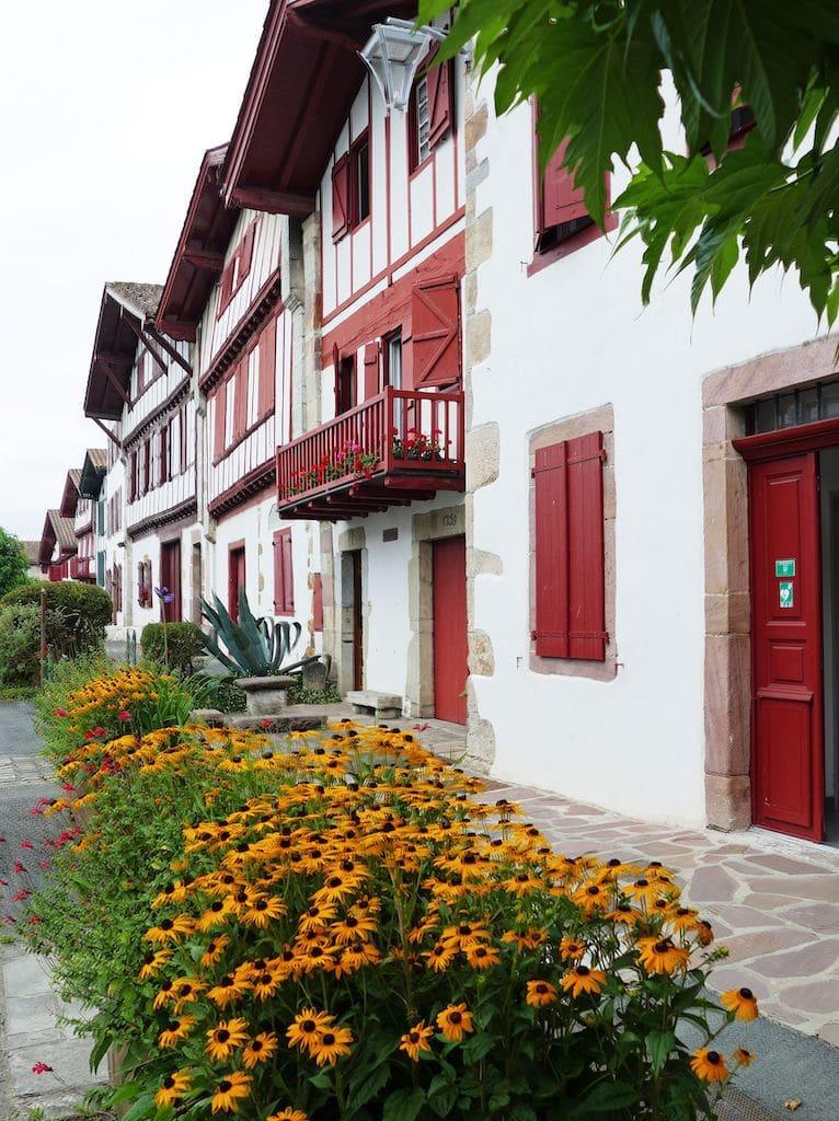 sejour-Ainhoa-paysbasque-maisons-labourdines 002 ©F.Perrot