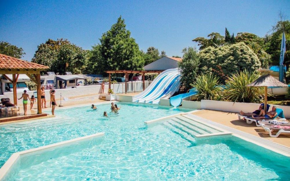 sejour-camping-paysbasque-piscine-espace-aqua1-2