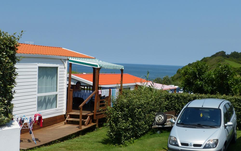 sejour-camping-paysbasque-vue-mer