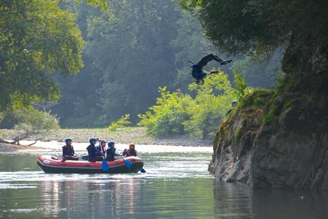 sejour-eaux-vives-bearn-gave-Rafting 007 ©OTBDG-Robinet