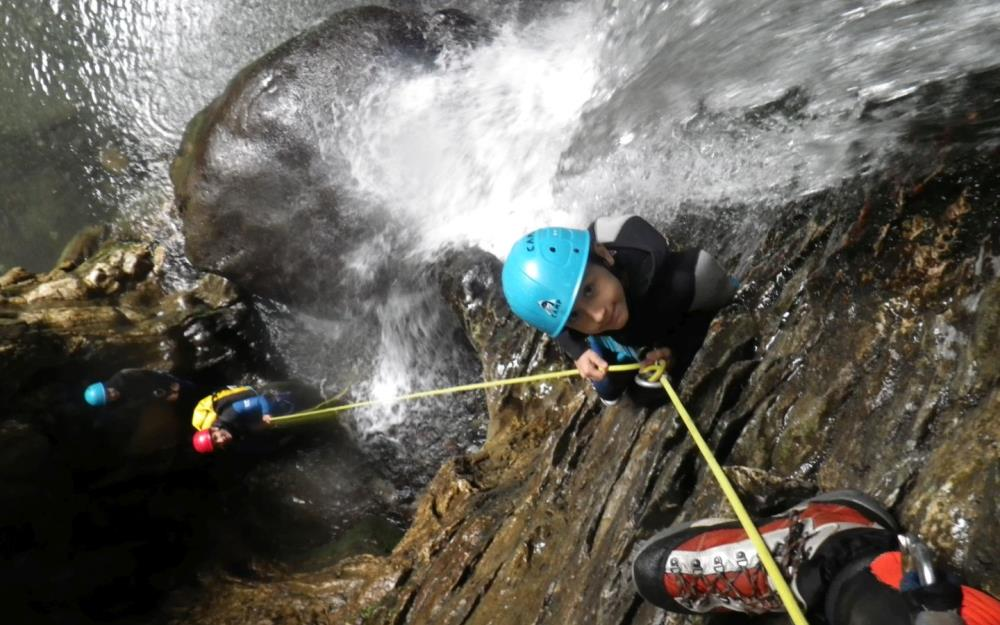sejour-eaux-vives-bearn-kathaayatraa-canyonnning-sevignacq3
