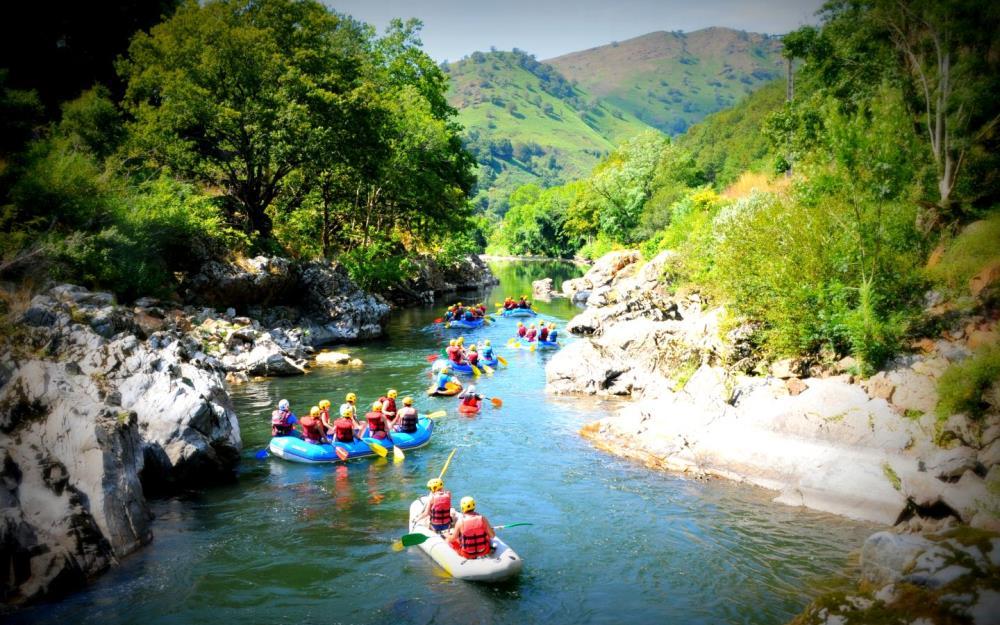 sejour-eaux-vives-bidarray-paysbasque-ur-bizia-rafting1