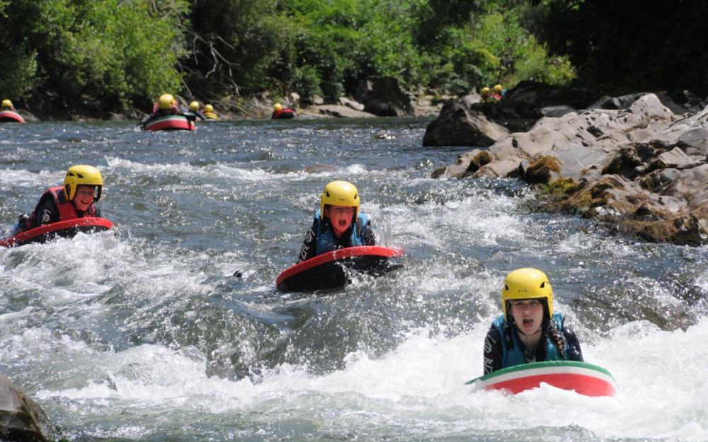 sejour-eaux-vives-bidarray-paysbasque-ur-bizia-rafting2