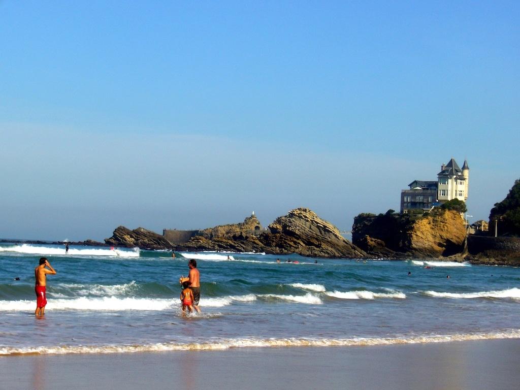 sejour-famille-cote-basque-Biarritz plage Côte des Basques 006©CDT64