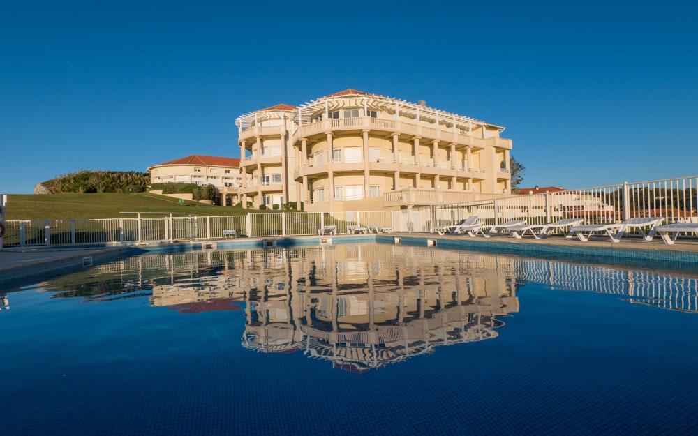 sejour-famille-cote-basque-Residence-Eugenie-exterieur-Biarritz