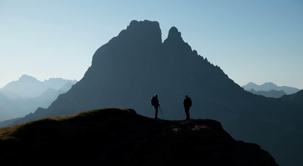 sejour-vallee-ossau-bearn-Randonnée GR10 Pic du Midi d_Ossau ©AADT64-Gaillard-Munsch