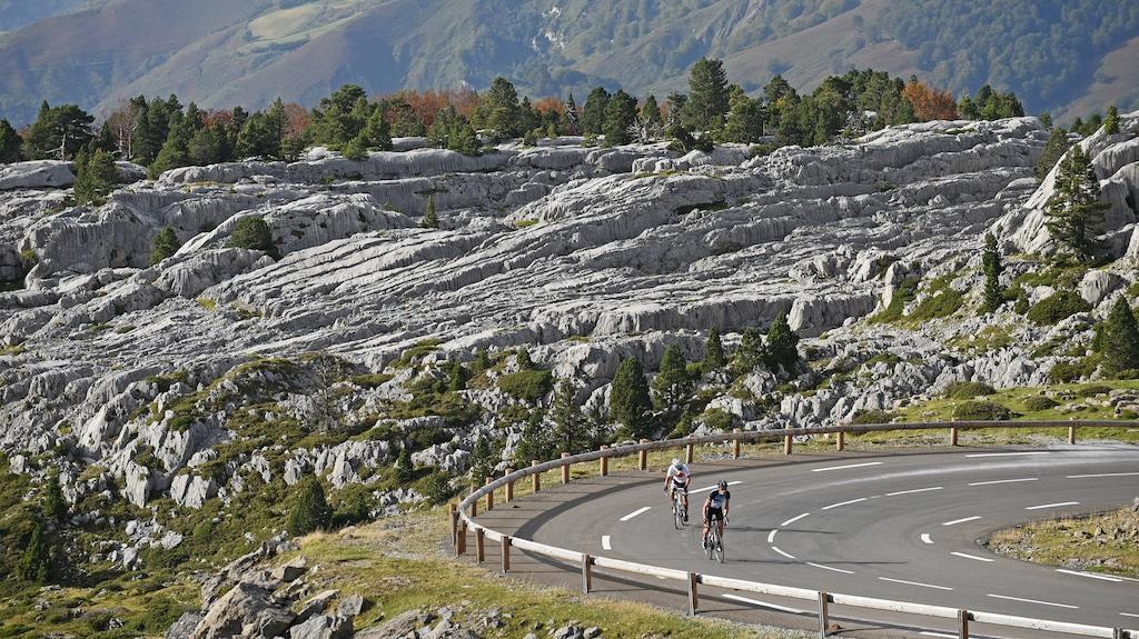 sejour-velo-electrique-Pyrenees-bearnaises-vallée-Barétous 001 ©CDT64-P.Gaillard