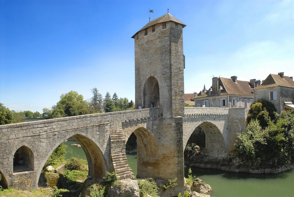 weekend-amoureux-bearn-Orthez le pont Vieux 003 ©CG64-JM Decompte